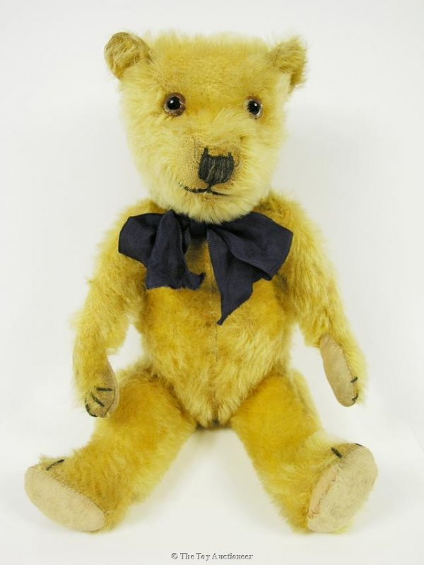 8: A Merrythought Chiltern-type Teddy Bear