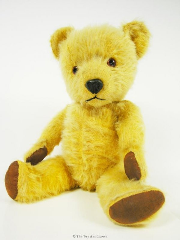 10: A Chiltern Hugmee Teddy Bear
