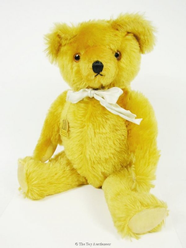 13: A fine Knickerbocker musical Teddy Bear