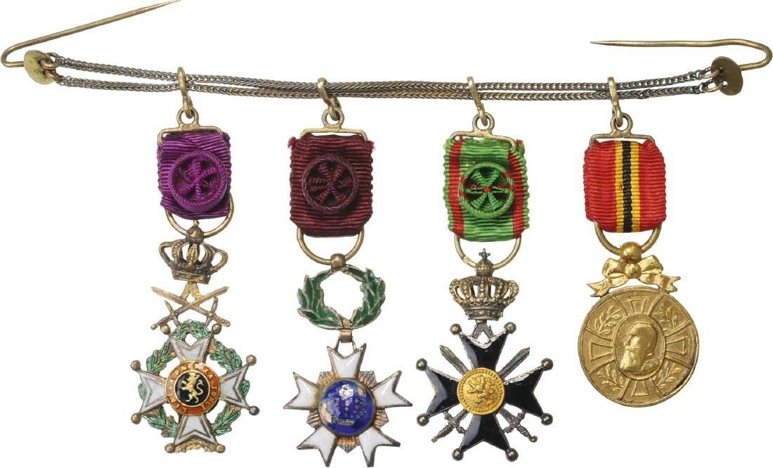 Personal chain of 4 Miniatures - 2