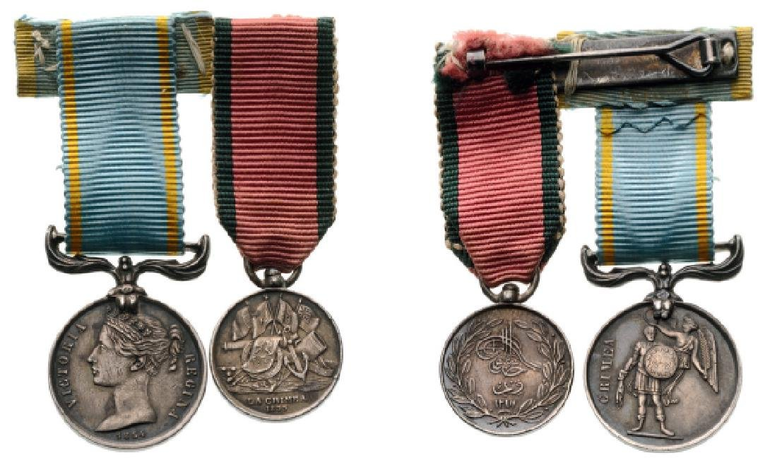 Mounted Group of 2 Miniatures Medal for the Crimean War - 2
