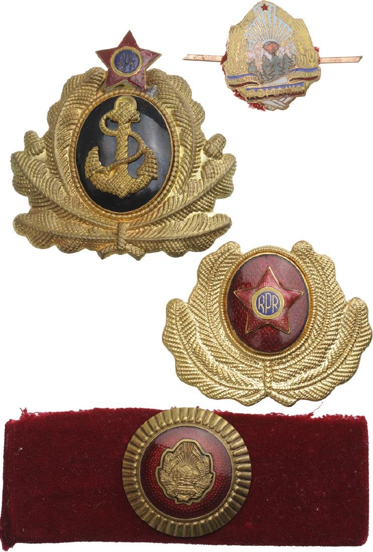 Lot of 9 Cap and Epaulettes Cockades for General,