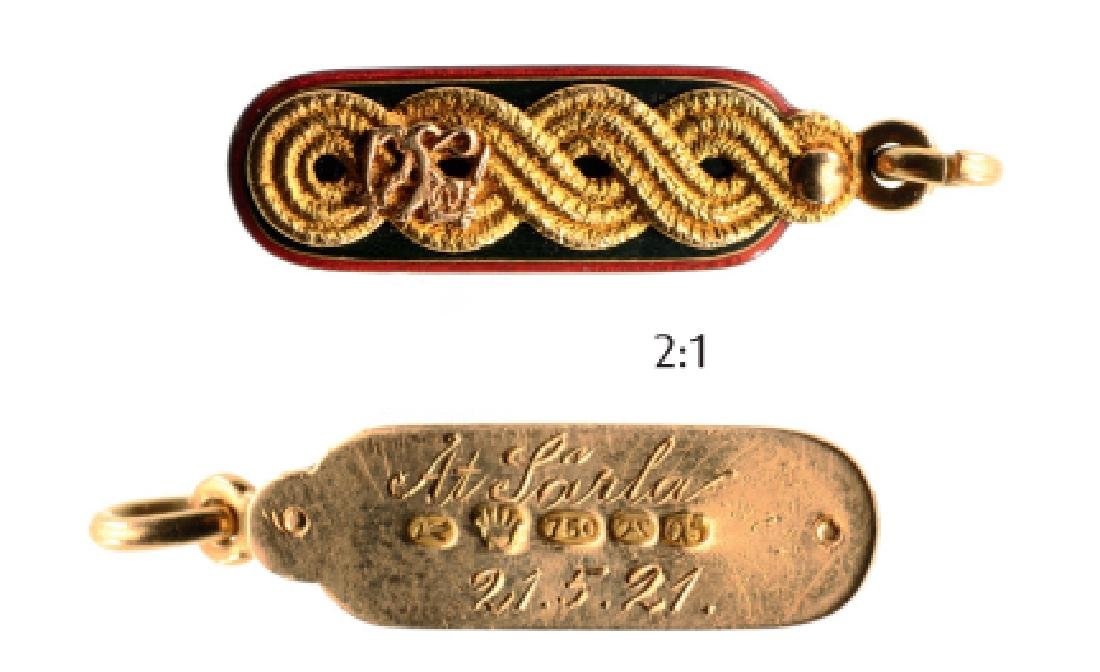 Military Jetton in form of an Officer Shoulder