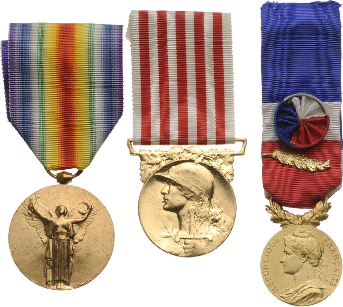 Personnal group of 11 Medals of a Veteran of WWI