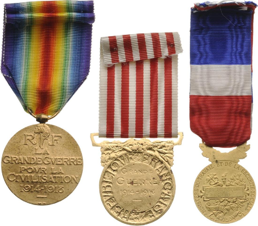 Personnal group of 11 Medals of a Veteran of WWI - 2