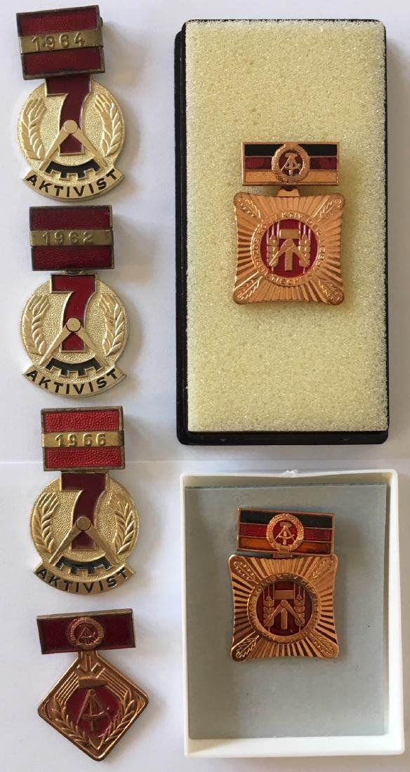 Lot of 6 Decorations