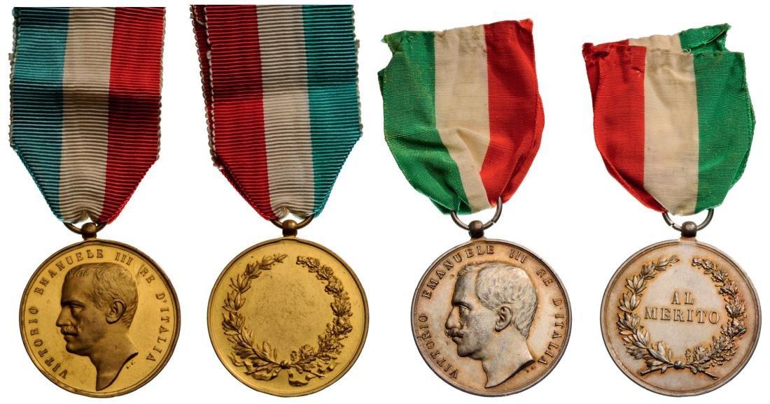 group of 2 Medals of Merit Victor Emmanuel III