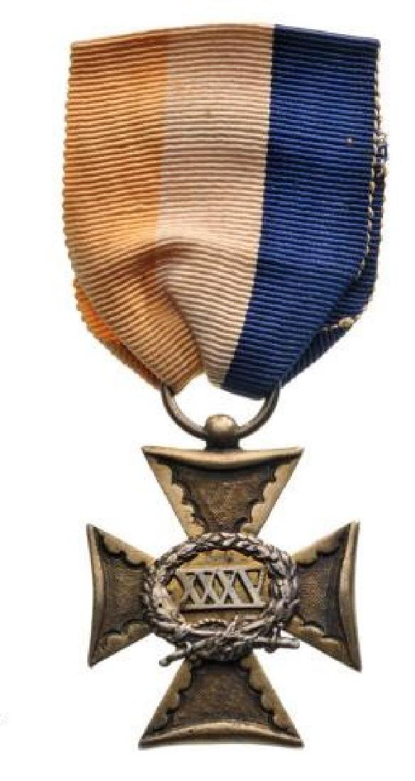 Officer's Long Service Cross, XXXV Years, instituted
