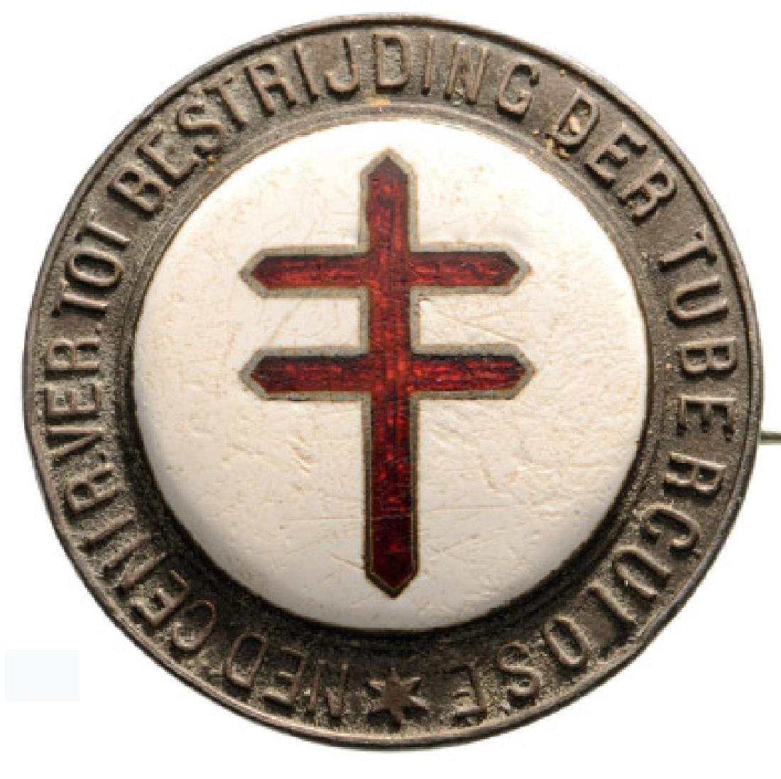 BADGE OF THE NETHERLANDS CRUSADE AGAINST TUBERCULOSIS