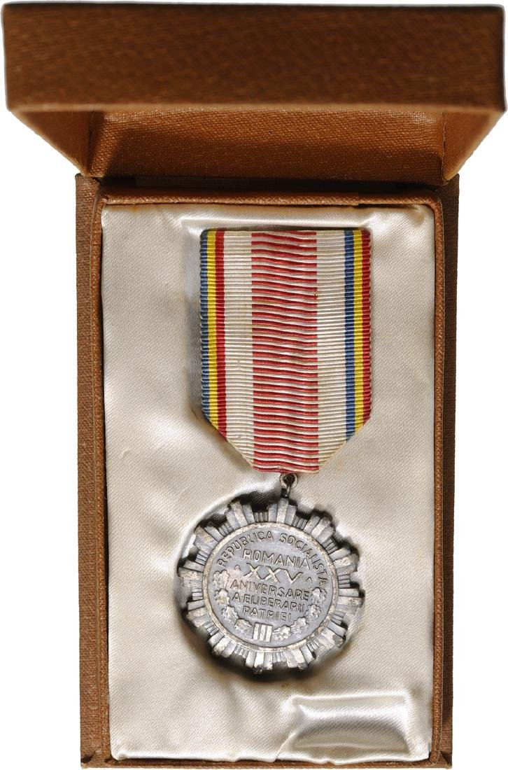 MEDAL FOR THE 25th ANNIVERSARY OF THE LIBERATION OF THE