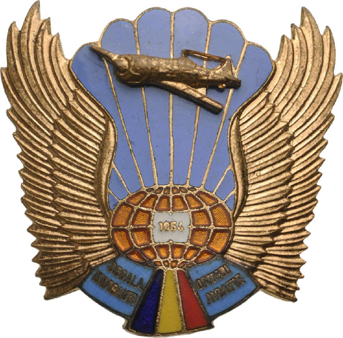MILITARY NAVIGANT OFFICER`S AIR FORCE SCHOOL BADGE