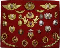 COLLECTION OF 33 AIRFORCE AND VARIOUS MILITARY BADGES