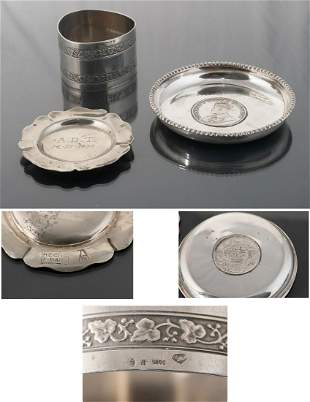 Set consisting of three silver objects