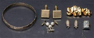 Nice set consisting of six fancy pieces
