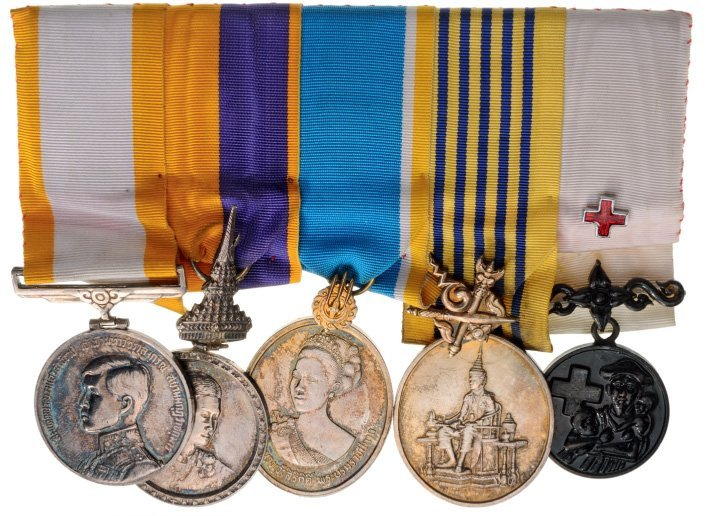 Mounted bar of 5 Medals