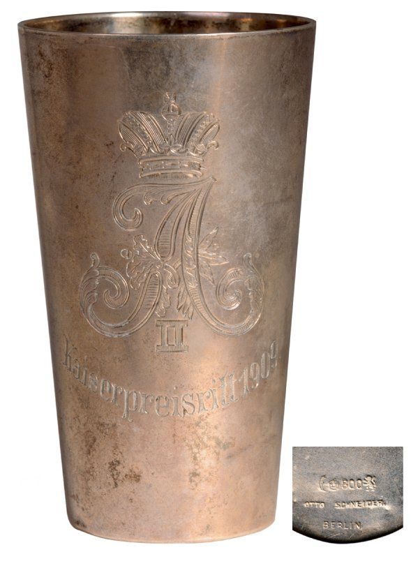 Silver tumbler flat-bottomed trophee