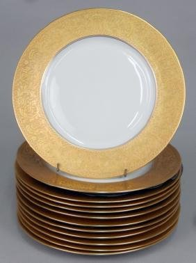 Set Of Twelve Limoges Gilt Rim Porcelain Service Plates