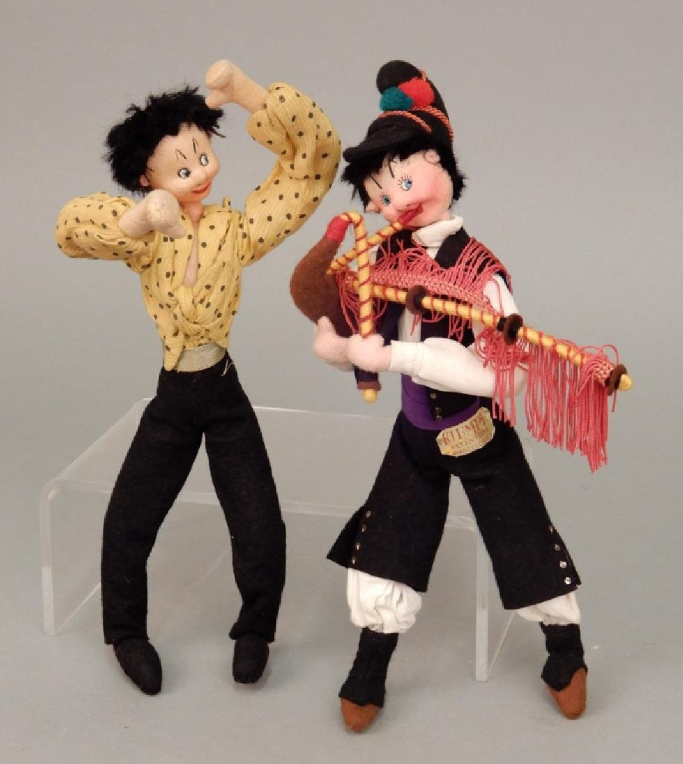 Two Klumpe dolls