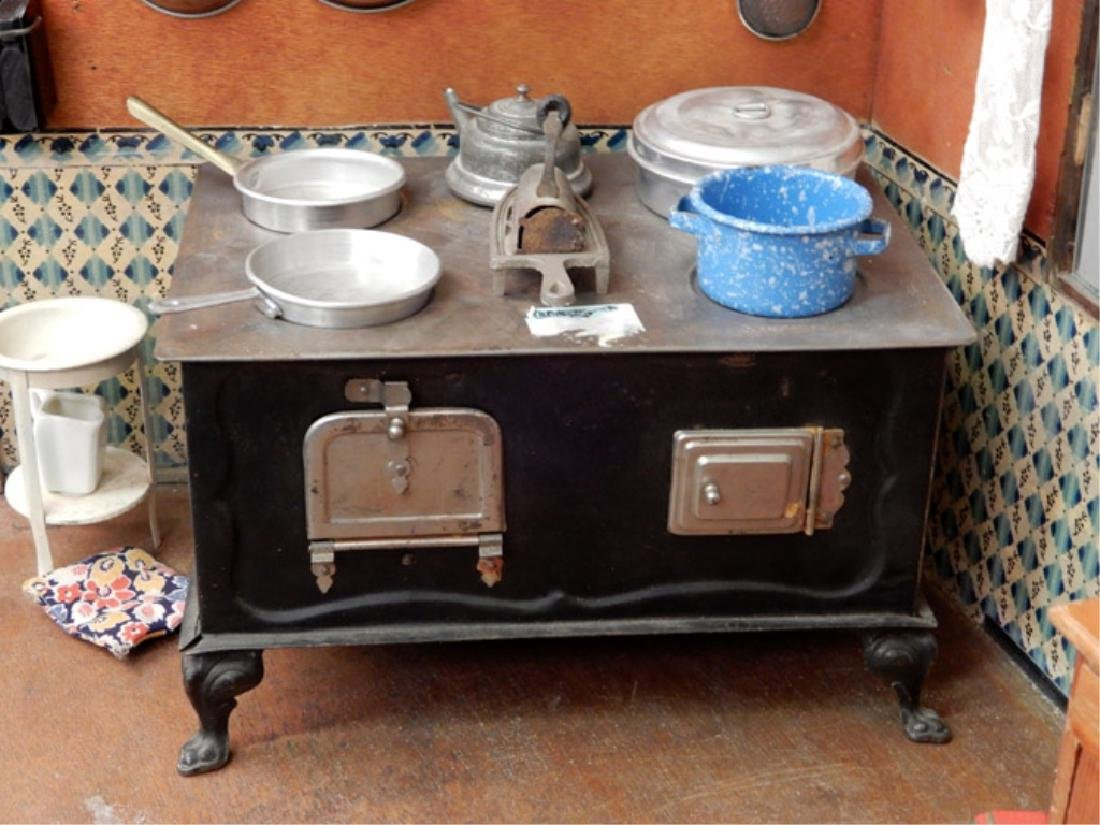Early 1930's German kitchen room box - 6