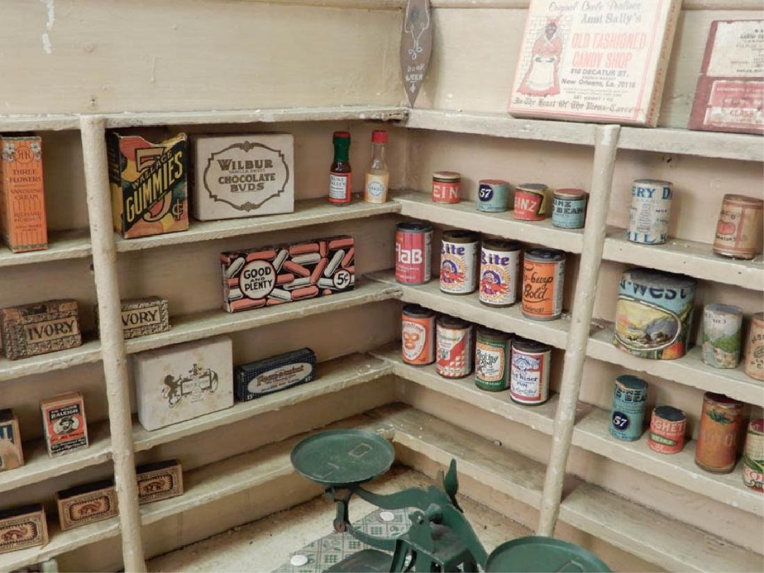 1930's American Country Store room box - 6