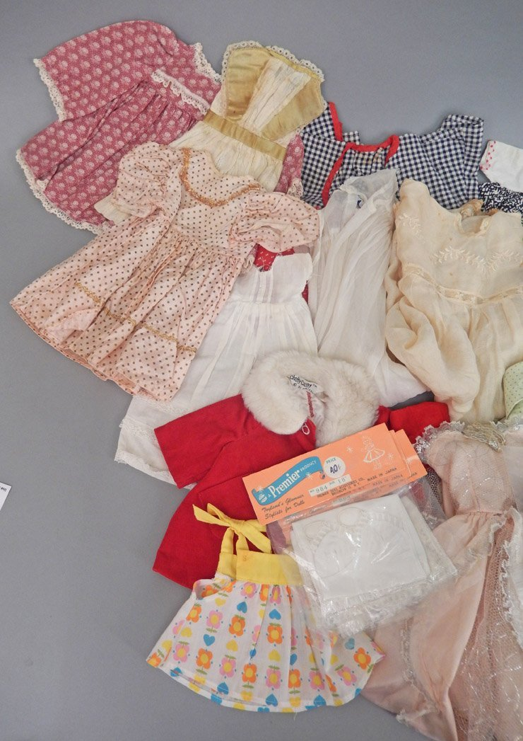 Large grouping of doll clothes, various sizes - 4