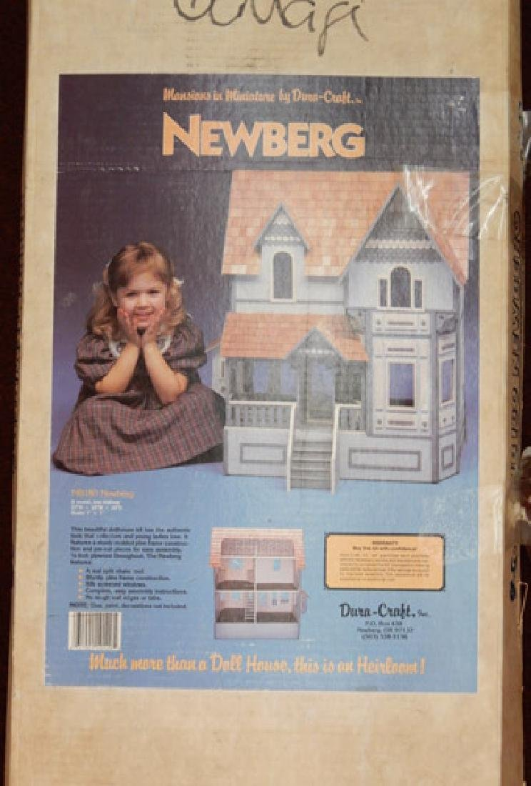 Newberg doll house by Dura-Craft - 2
