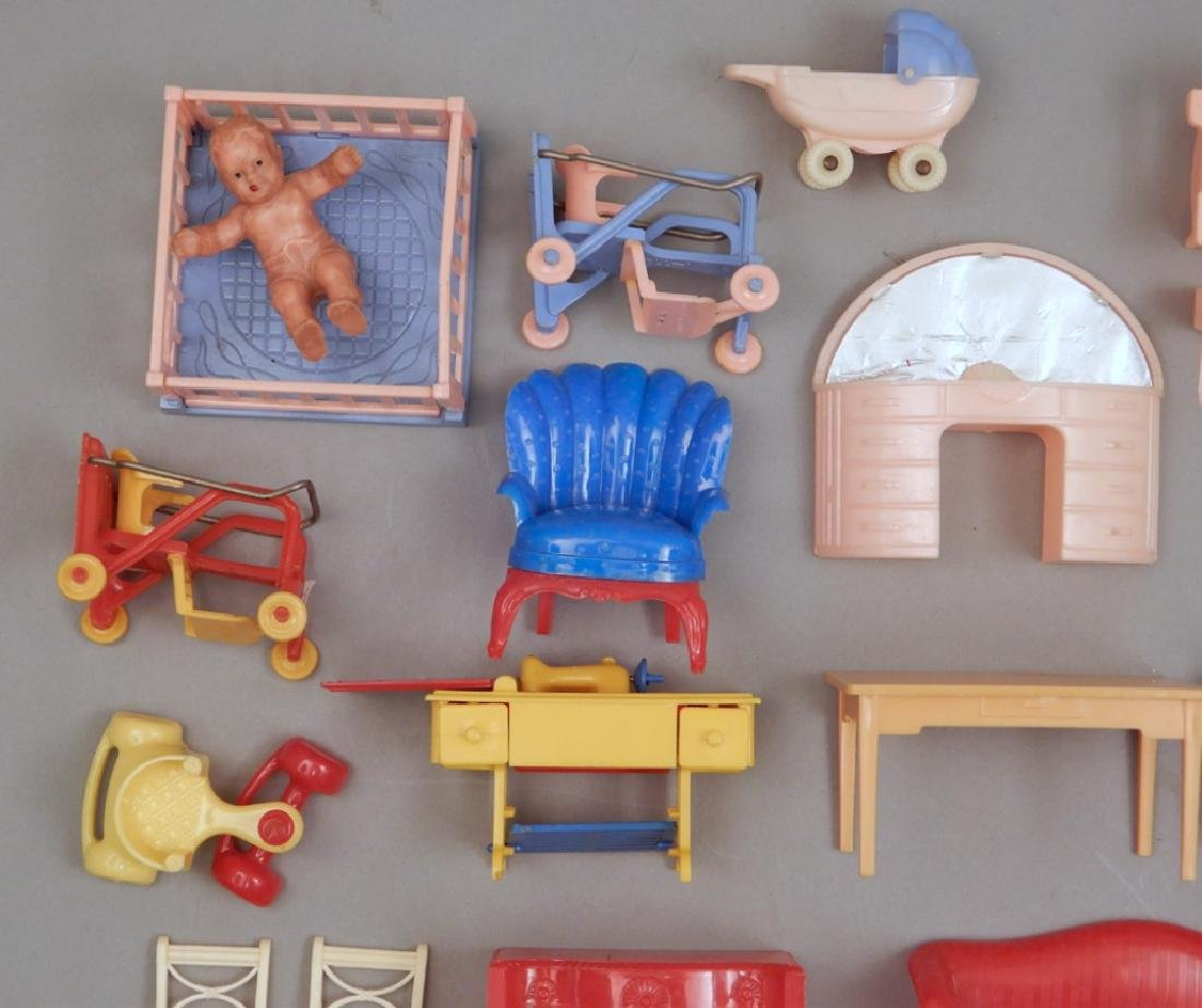 Grouping of 1940's-50's hard plastic doll house - 4