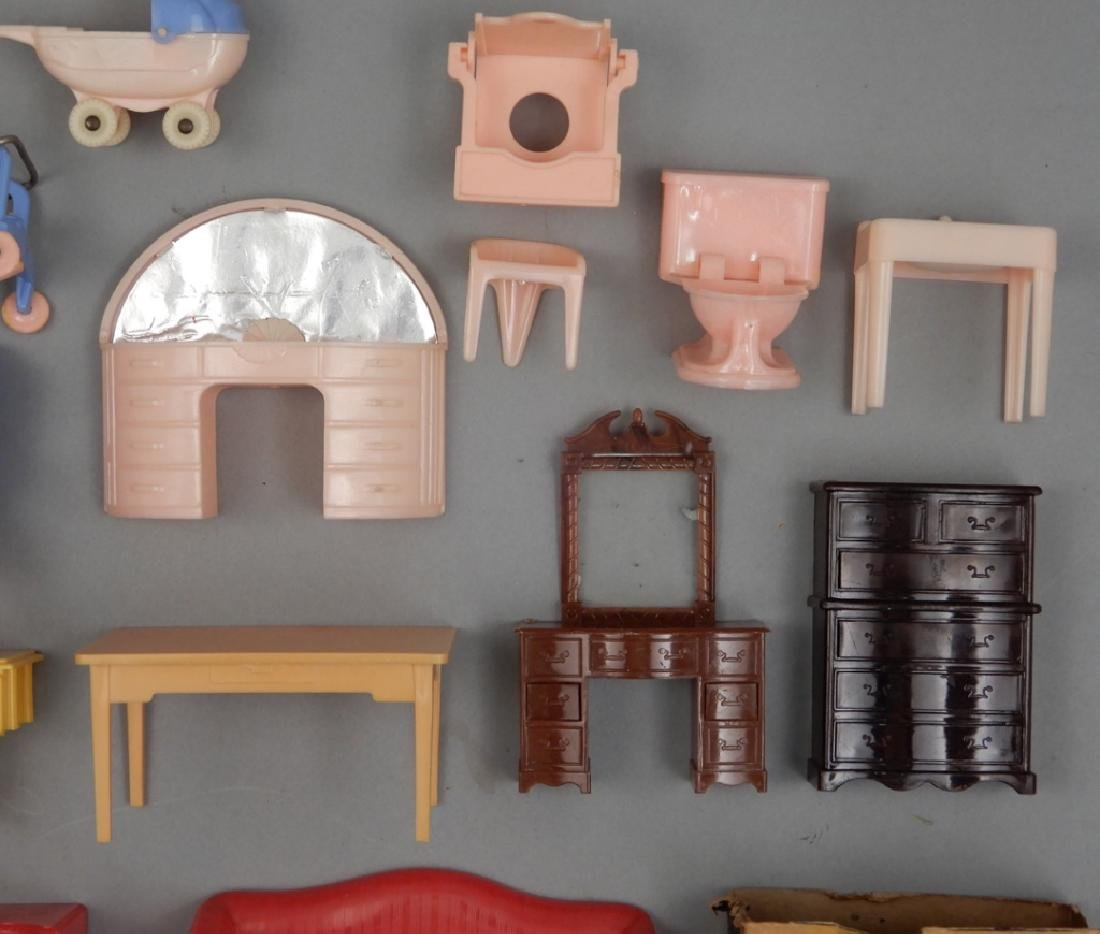 Grouping of 1940's-50's hard plastic doll house - 5