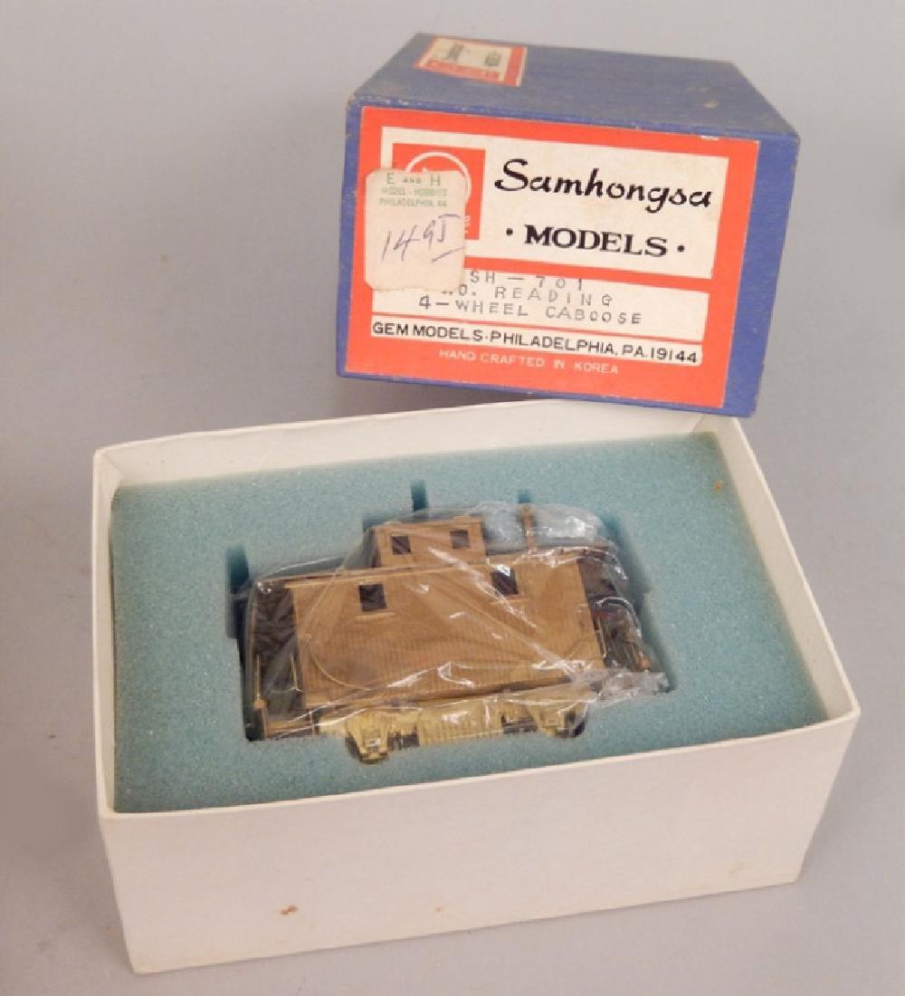 Samhongsa Models caboose and Gem Models MO 101 in boxes - 2