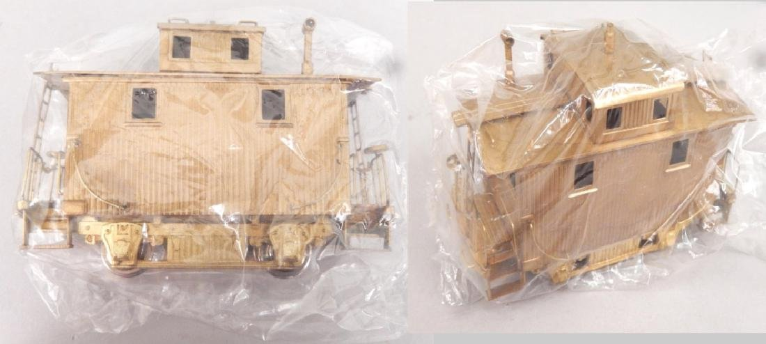 Samhongsa Models caboose and Gem Models MO 101 in boxes - 3
