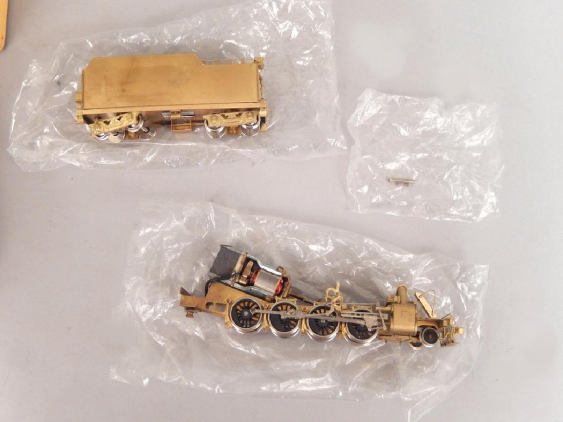 Samhongsa Models caboose and Gem Models MO 101 in boxes - 7