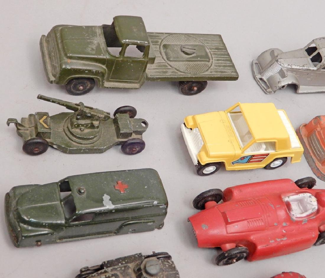 Grouping of Tootsietoy diecast vehicles - 5