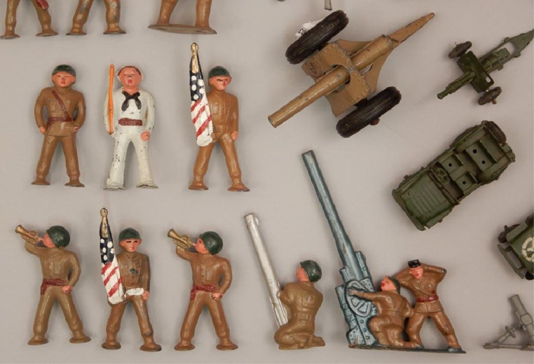 Grouping of diecast military soldiers and vehicles - 2