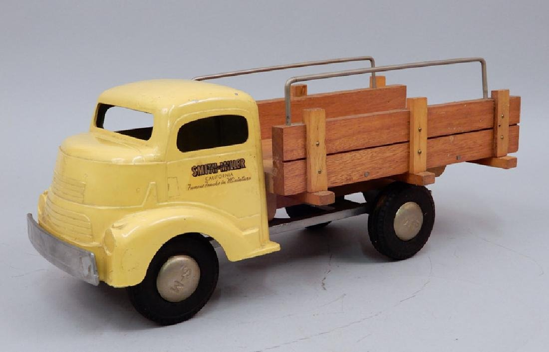 Smith Miller Delivery Truck - 2