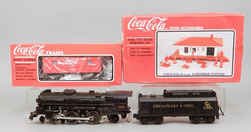 Lionel 8304 engine and tender, Coca-Cola Suburban