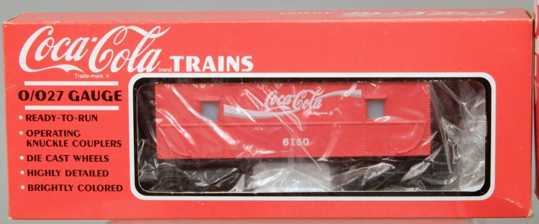 Lionel 8304 engine and tender, Coca-Cola Suburban - 3