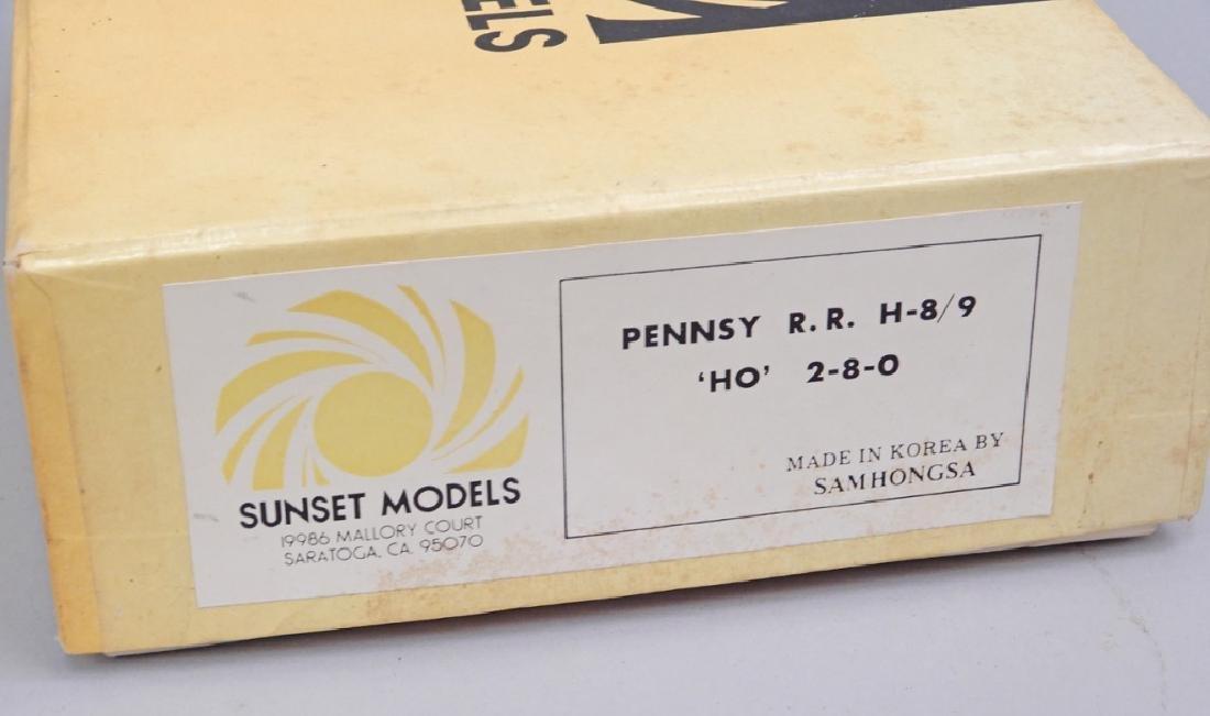Sunset Models Pennsy RR H-8/9 'HO' 2-8-0 in box - 2