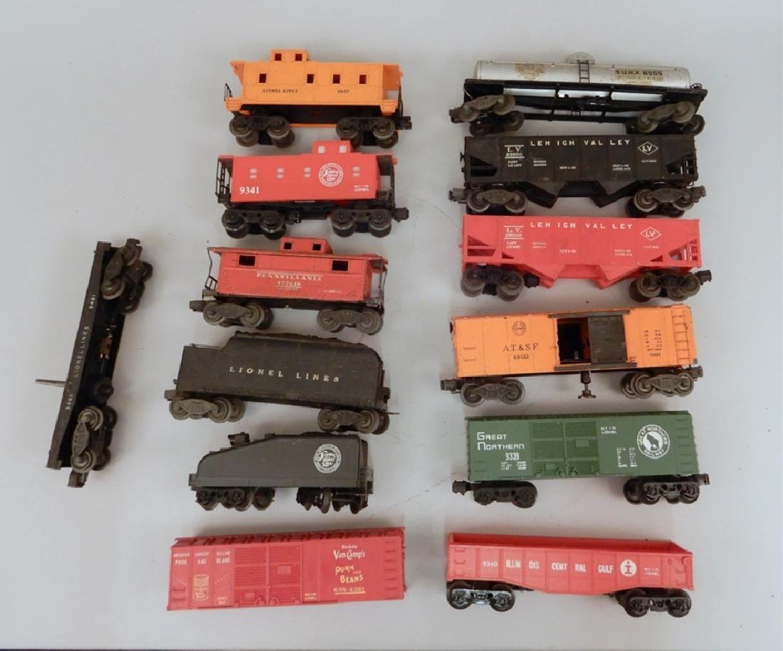 Grouping of Lionel post war O gauge freight cars