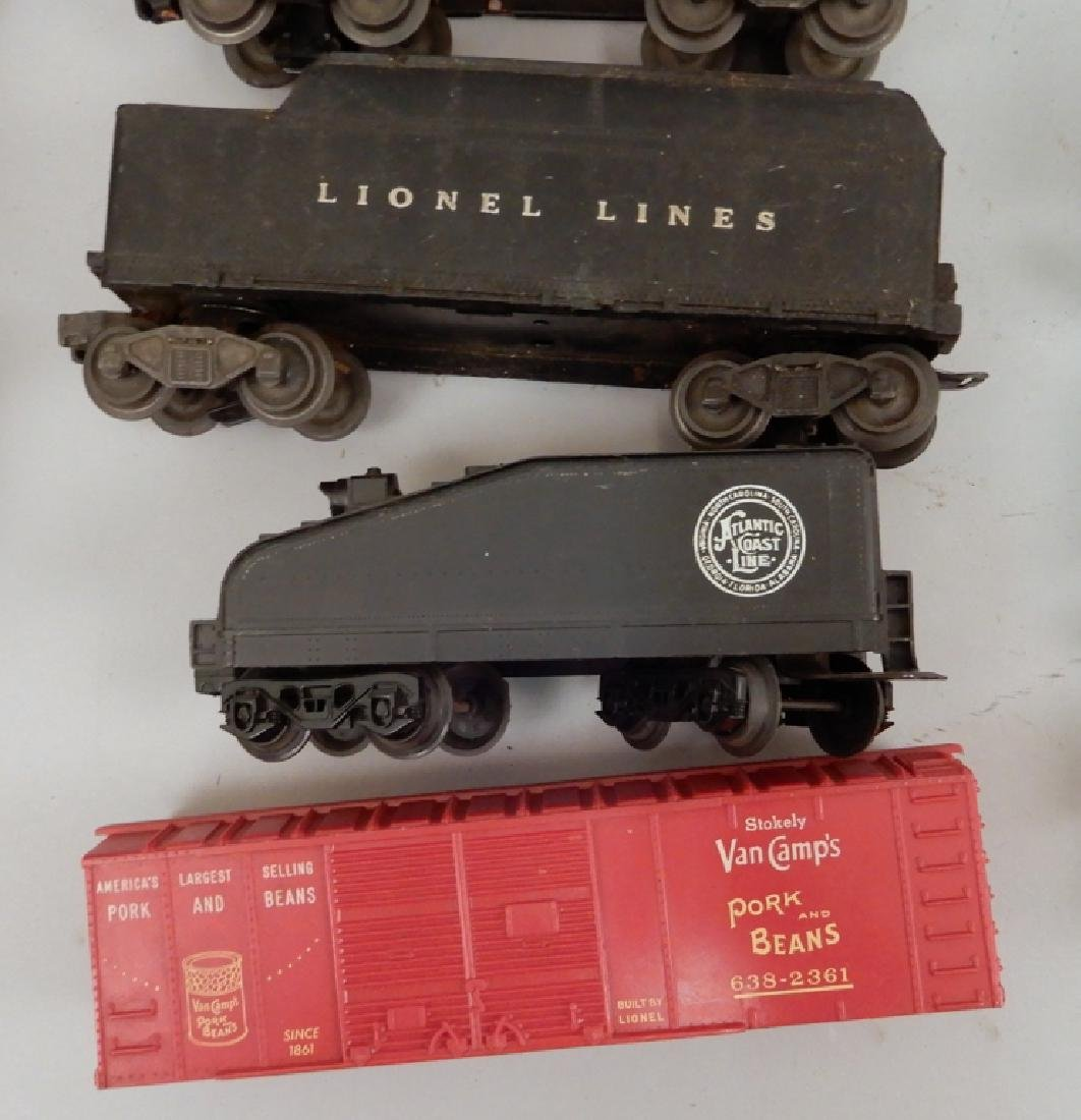 Grouping of Lionel post war O gauge freight cars - 5