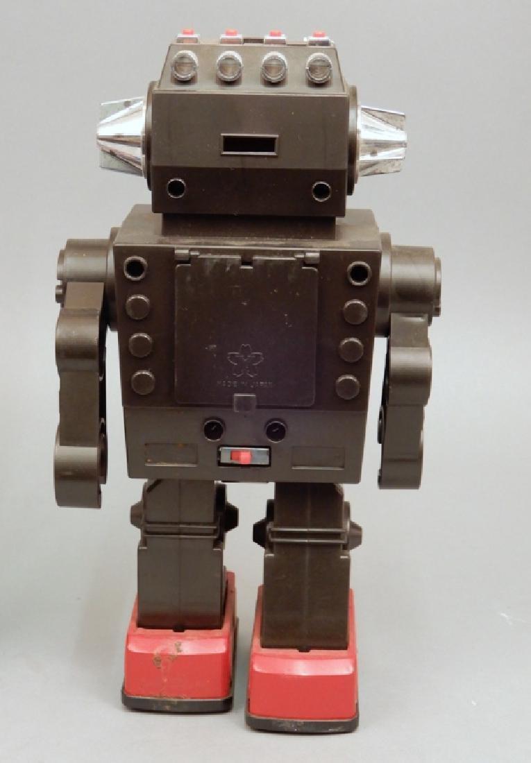 Yonezawa Battery Operated Talking Robot in box - 3