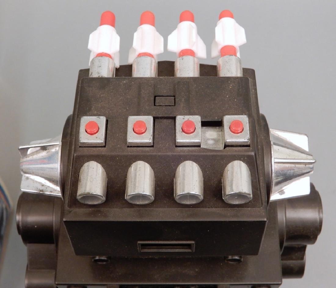 Yonezawa Battery Operated Talking Robot in box - 4