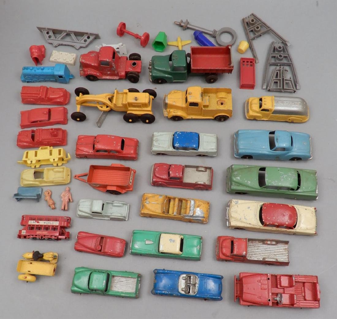 Grouping of diecast vehicles, and plastic vehicles