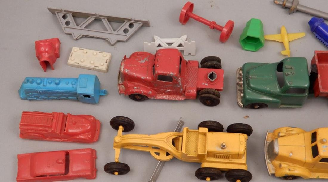 Grouping of diecast vehicles, and plastic vehicles - 5