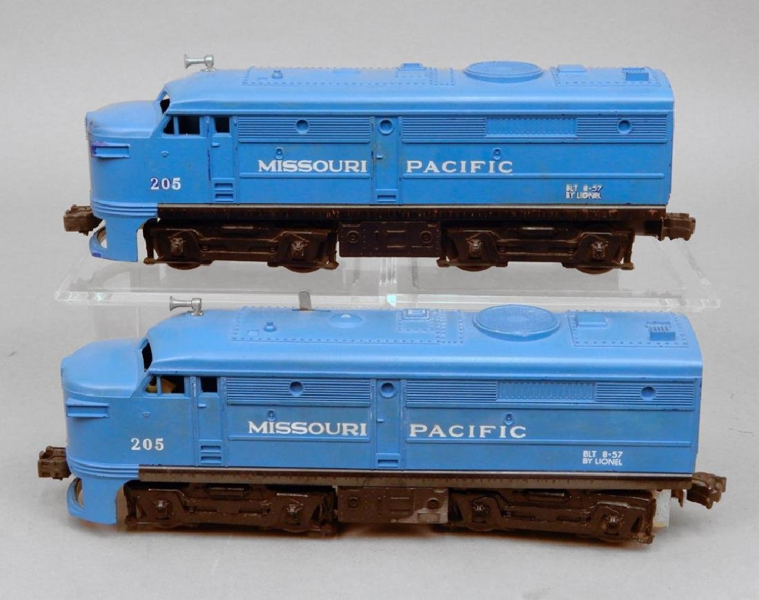 Lionel 205 Missouri Pacific AA Diesel units