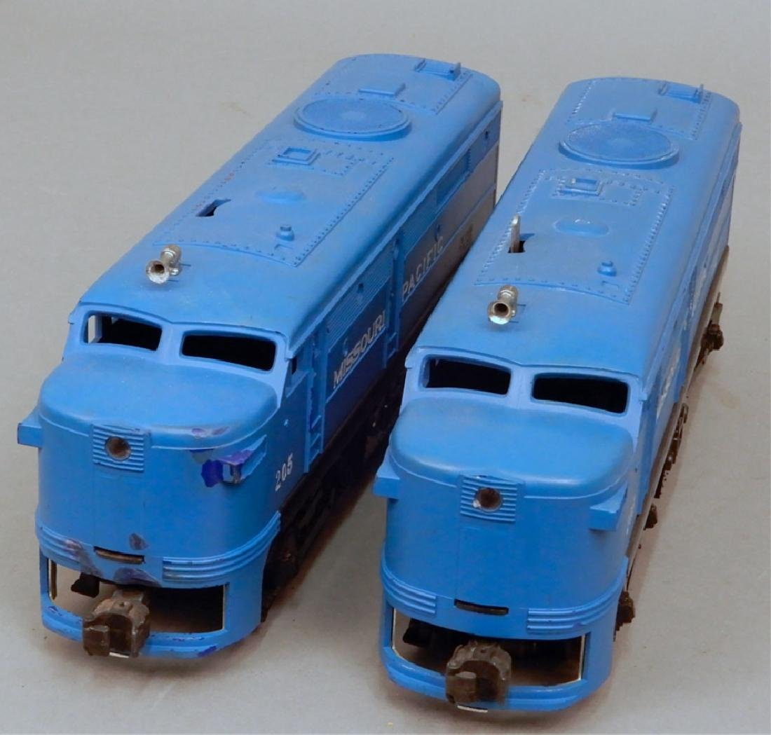 Lionel 205 Missouri Pacific AA Diesel units - 2