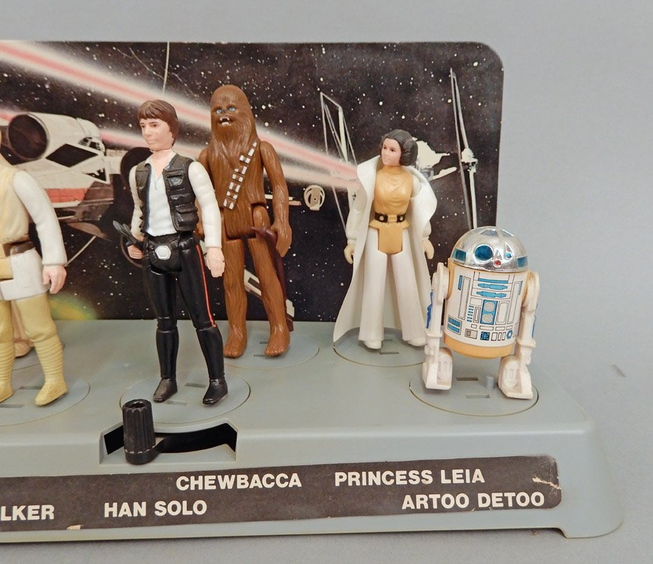 Star Wars 1977 display platform with original figures - 2