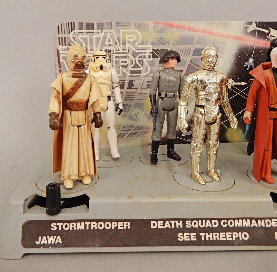 Star Wars 1977 display platform with original figures - 4