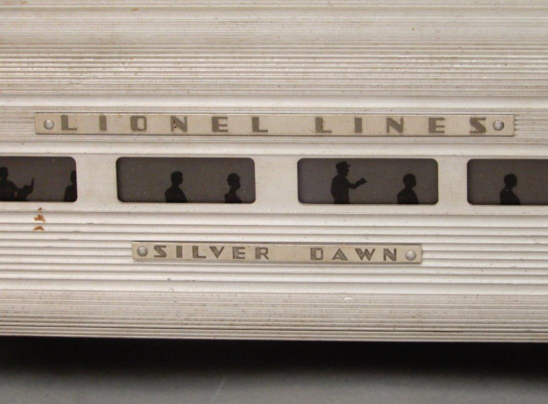 Lionel Silver Lines passenger cars - 2