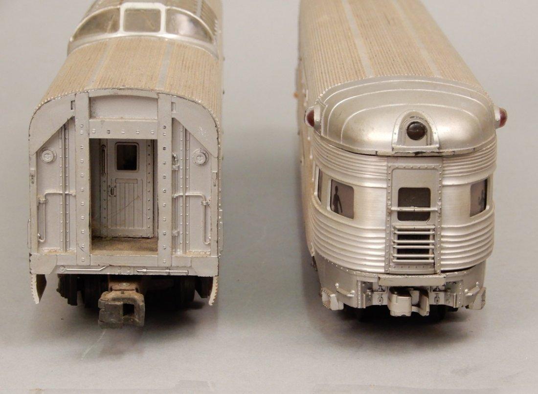 Lionel Silver Lines passenger cars - 3