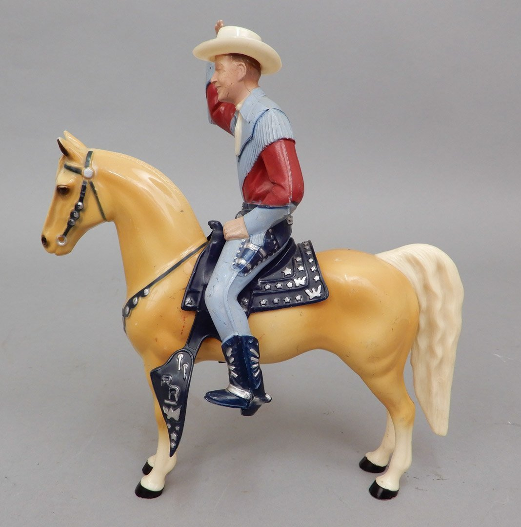 Collection of Hartland figurines and horses - 6